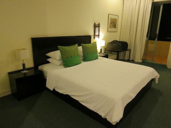 Ocean Dunes Resort : Main Bed