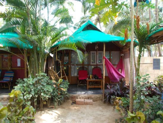 Lacto's Cressida Resort: Our perfect little hut!
