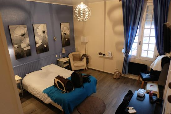 Hotel Bellevue : Chambre supérieure n°34