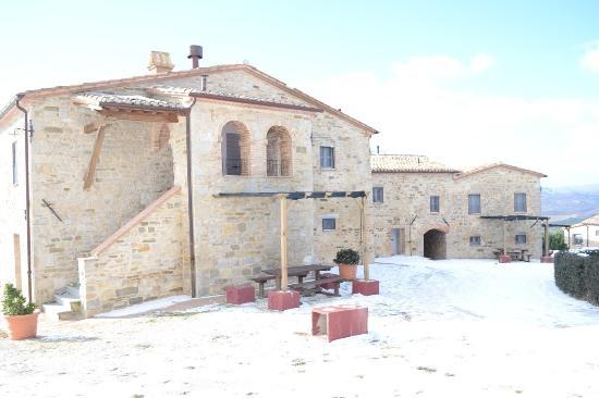 Borgo Le Terre Del Verde: Il favoloso borgo imbiancato 31/12/2014