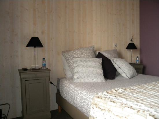 Hotel le Beau Site : chambre quadruple