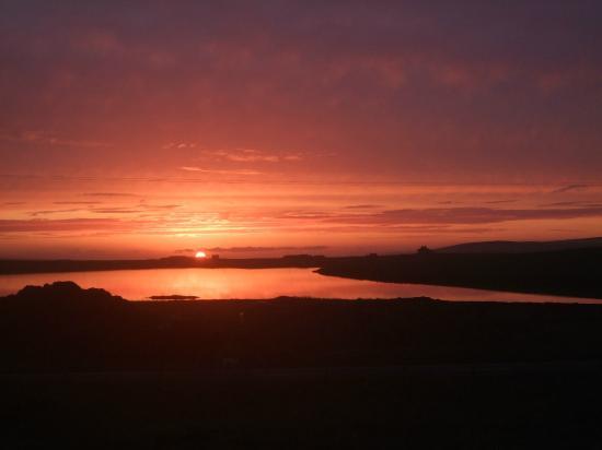 Peatfire Tales: Sunset over Via Orkney