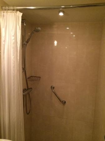 Center Hotel: Nice Shower pressure