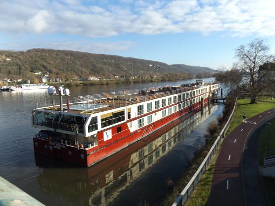 Ms River Venture By Vantage Travel Picture Of River Seine Paris Tripadvisor