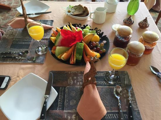 Old Thatch Lodge: Das Frühstück