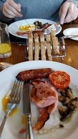 Leeming Wells Guest Accomodation: Full English Breakfast