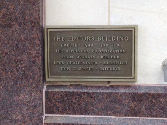 "Hampton Inn Washington, D.C./White House: ""Editors Building"" plaque on the front exterior of the hotel"