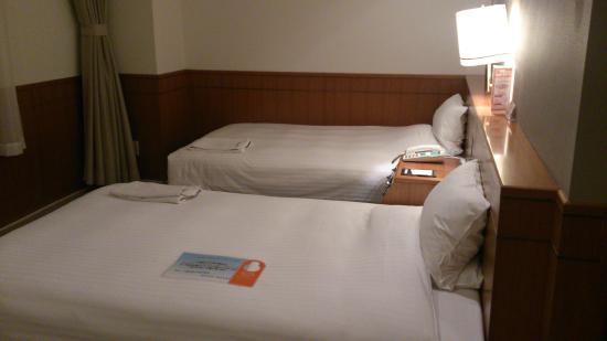 Hotel Rener Susukino: ベッドは広々
