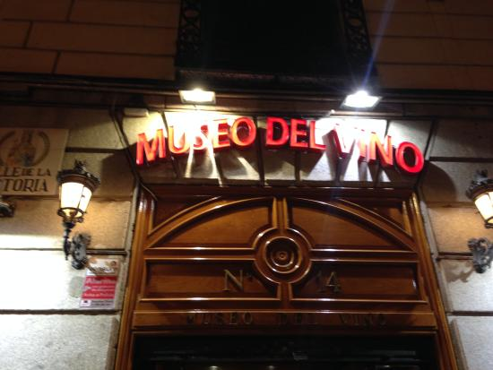 Museo del Vino: Bar restaurant sympa