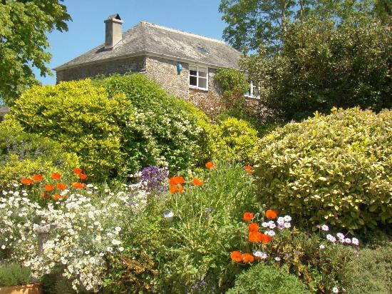 Lantallack Getaways: Pippin Cottage stands in it's own private grounds at Lantallack, Cornwall