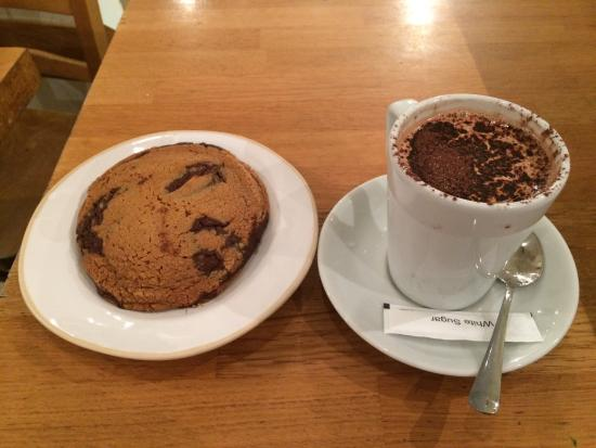 Gails Bread: Chocolate chips cookie and regular hot chocolate.