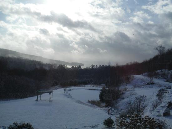 Coppertoppe Inn & Retreat Center: after the snow squall at Coppertoppe 1