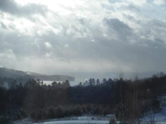 Coppertoppe Inn & Retreat Center: after the snow squall at Coppertoppe 2