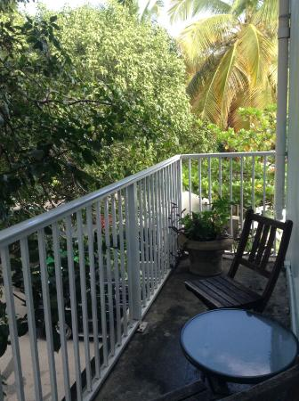 Cruz Bay Boutique Hotel: Back deck of Room 4