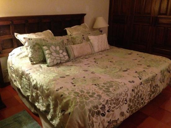 Casa Bella Boutique Hotel : Comfortable bed