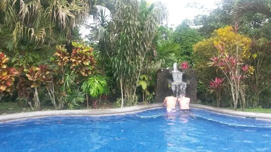 Hotel Sueno Dorado & Hot Springs: cooling pool