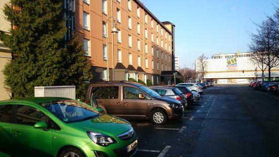 Mercure Hotel Berlin City West: Parking