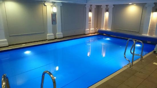 Crown plaza edinburgh royal terrace club room very for 15 royal terrace reviews