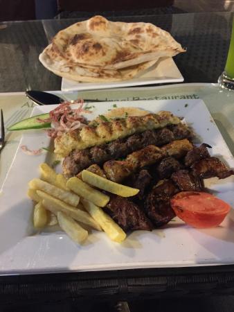 Al Adhamiyah Iraqi Restaurant: Mix Grill