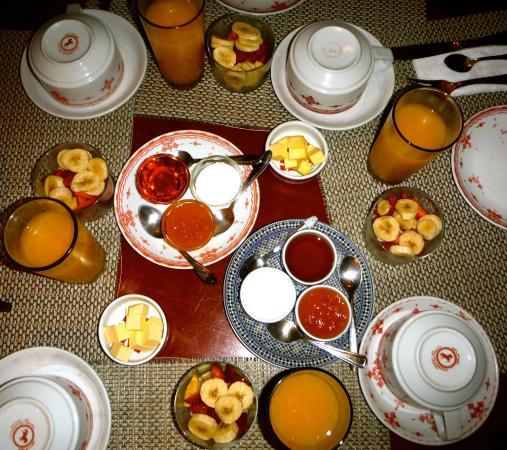 Dar Silsila: breakfast