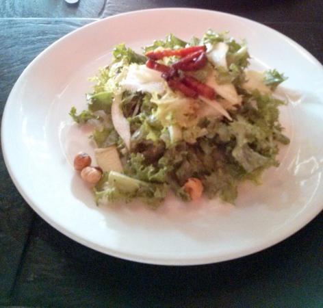 Brasserie L'ecole: Endive Salad, bacon, apple, hazelnuts, mustard wine dressing