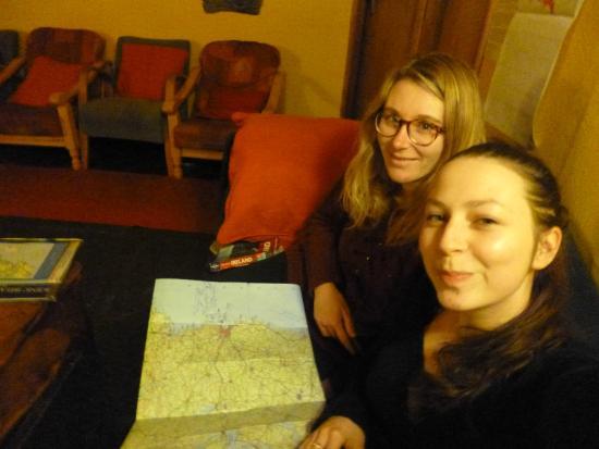 Rainbow Hostel : dans le salon