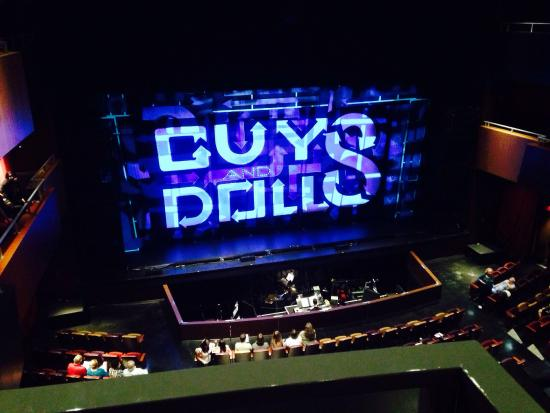 Cutler Bay, ฟลอริด้า: View from row A of the balcony leaning forward