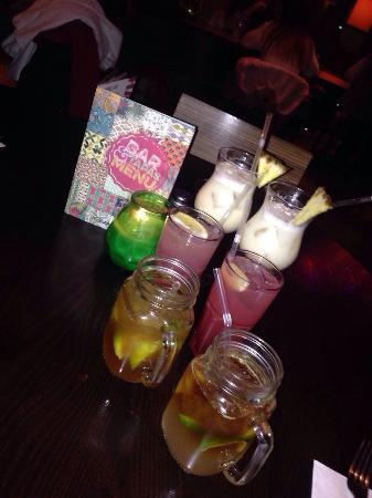 Las Iguanas - Reading: Cocktails!