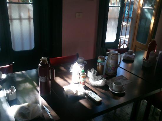 Hostel Sol de Oro: Café da manhã servido diariamente
