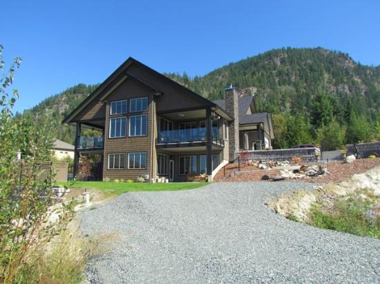Shuswap Bed & Breakfast