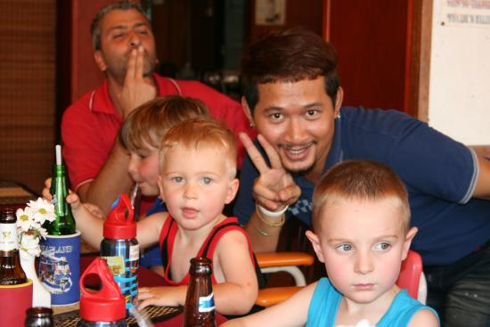 Butterfly Bistro : Friendly staff, excellent with kids