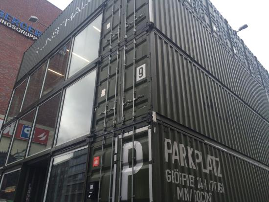 platoon kunsthalle - container architecture - picture of