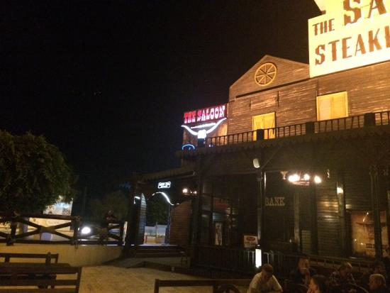 The Saloon: Great place to eat