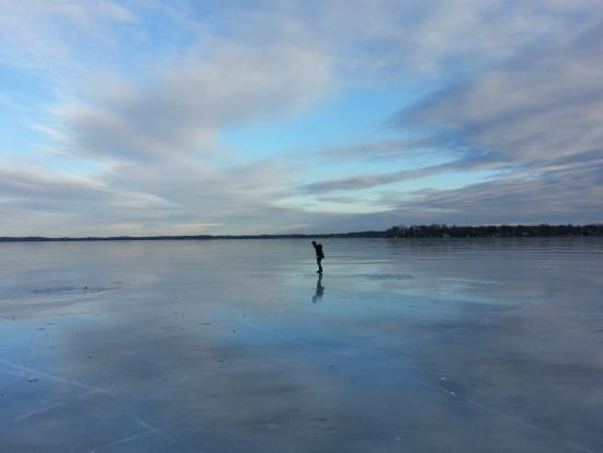 Crown Point Resort: Exploring the ice at sunset.