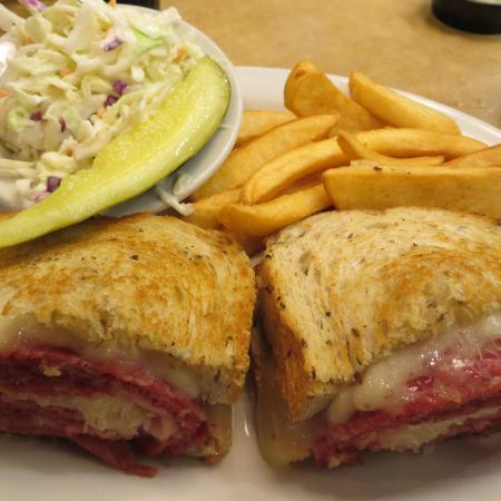 TooJay's Gourmet Deli: looks delicious but meat was too tough to chew