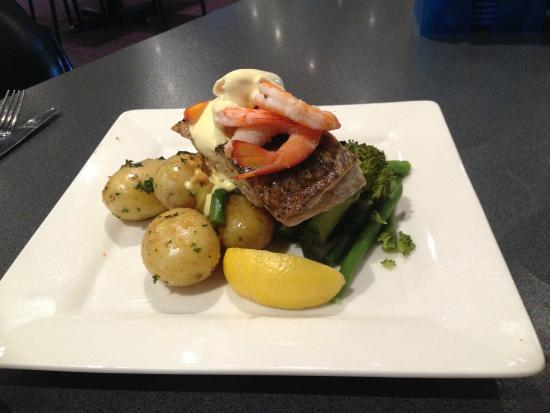 Granada Tavern: Grilled barramundi, steamed vegetables, chat potatoes with aioli dressing