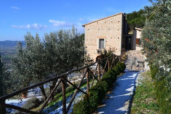 Agriturismo il Bastione: dintorni innevati