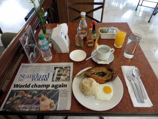 Tower Inn Business Hotel: My breakfast