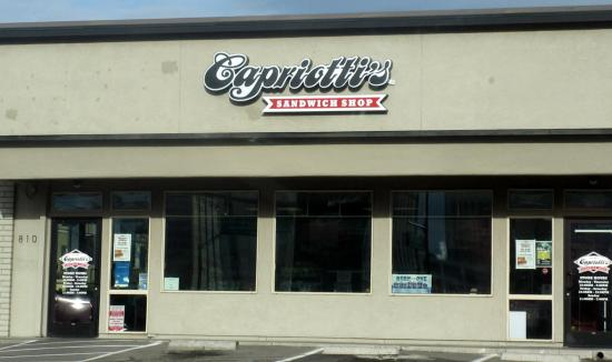 everybody cheesesteak picture of capriotti 39 s sandwich shop reno tripadvisor. Black Bedroom Furniture Sets. Home Design Ideas