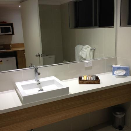 The Nelson Resort: Nicely updated bathroom