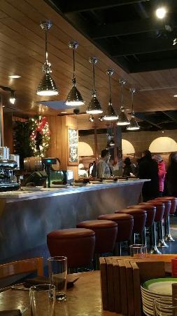 Bar Toma: Interior area. Very friendly staff.