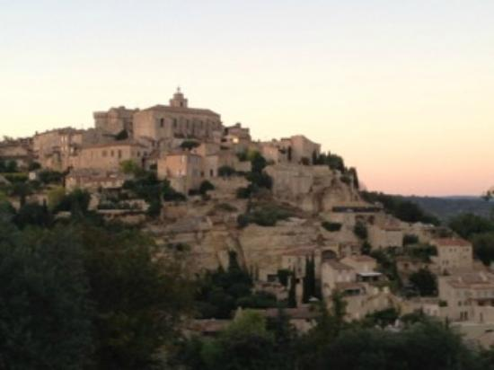 Mas Galinelle : Gordes at sunset