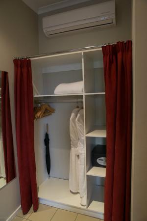 The Peech Hotel : Storage