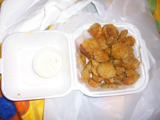 Derby City Burgers: mmmmm fried pickles