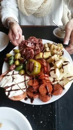 Pipolo's Italian Eatery