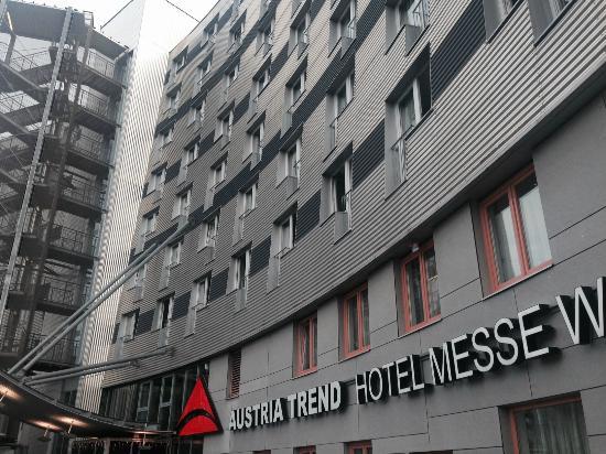 Austria Trend Hotel Messe Wien : Overall View