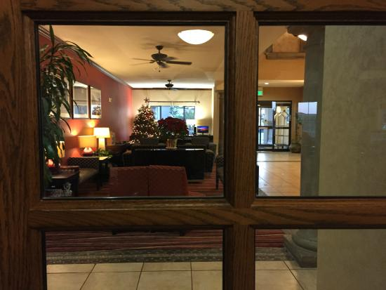 Holiday Inn Express Hotel & Suites - Marina: Front desk/Business center