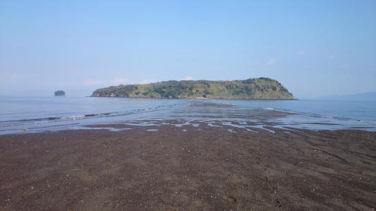 Chiringashima Island: 潮の引き始め