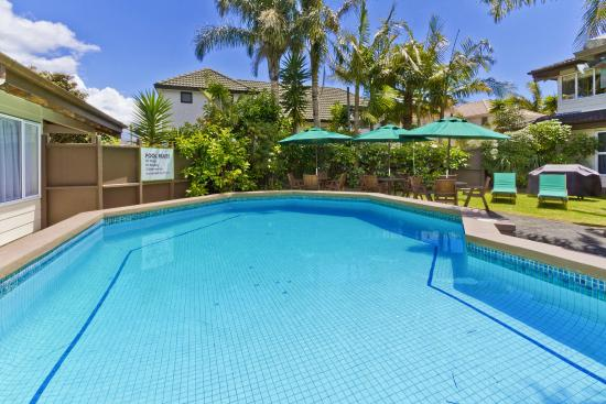 Takapuna Motor Lodge: Pool Facilities