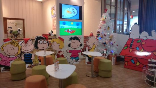 Charlie Brown Cafe at Mega Bangna